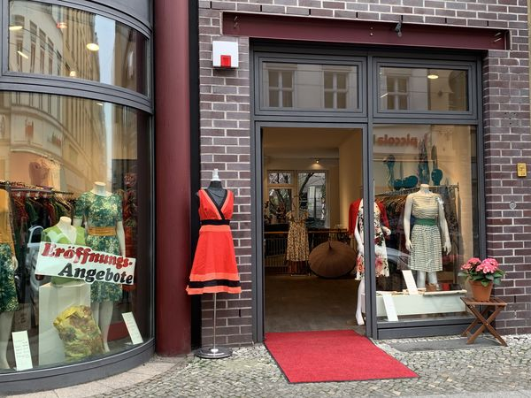 Neuer Ladeneingang