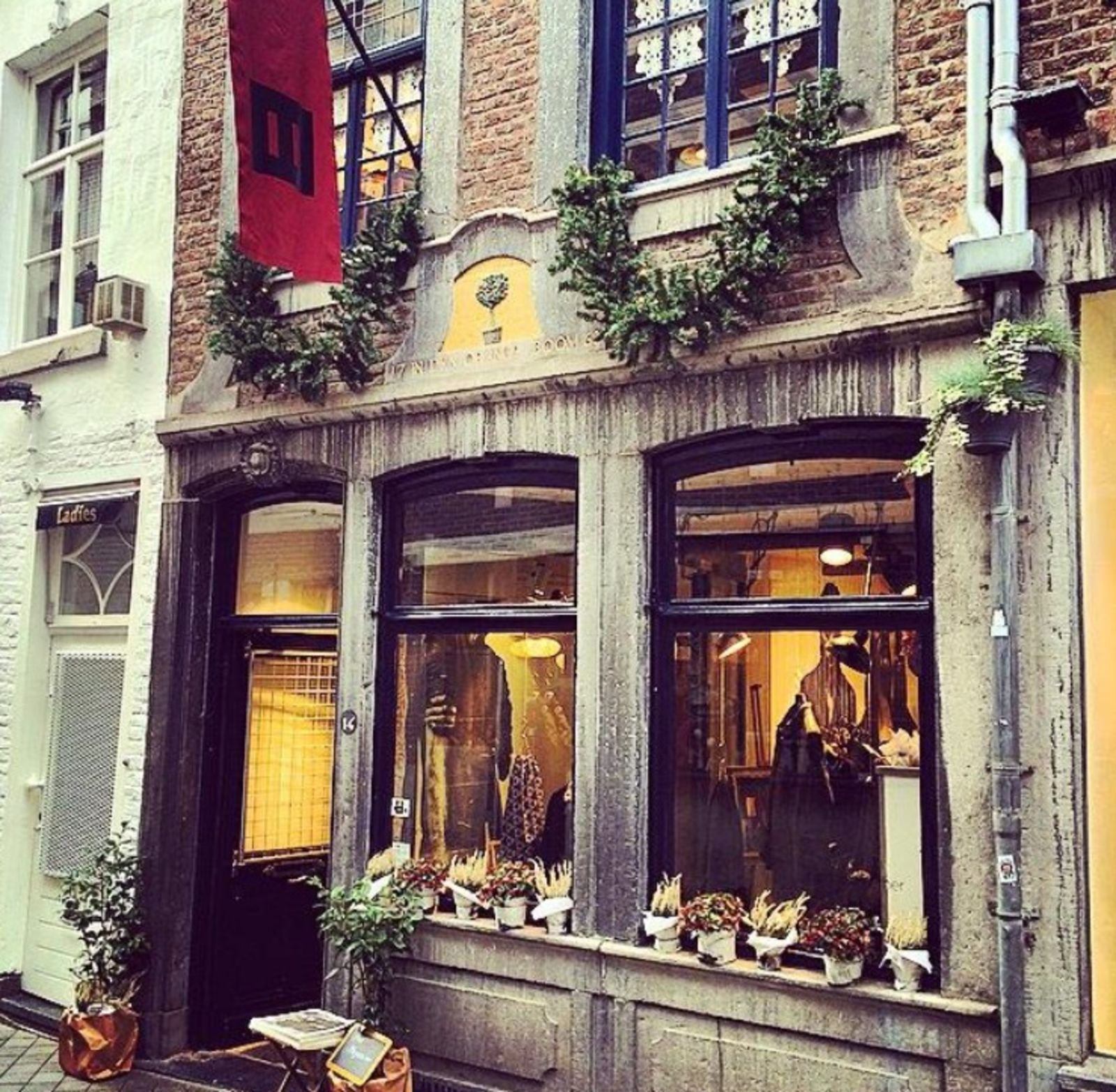 hannes roether store in Maastricht (Afbeelding 2)