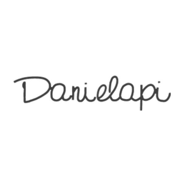 Danielapi Logo