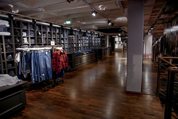 1. Floor
