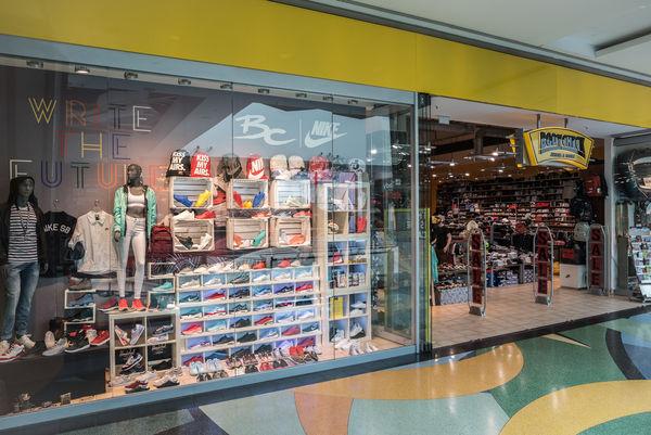 Geschäfte für CONVERSE in Berlin VOGUE LabelFinder