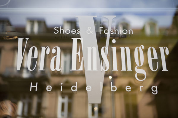 Vera Ensinger Shoes & Fashion