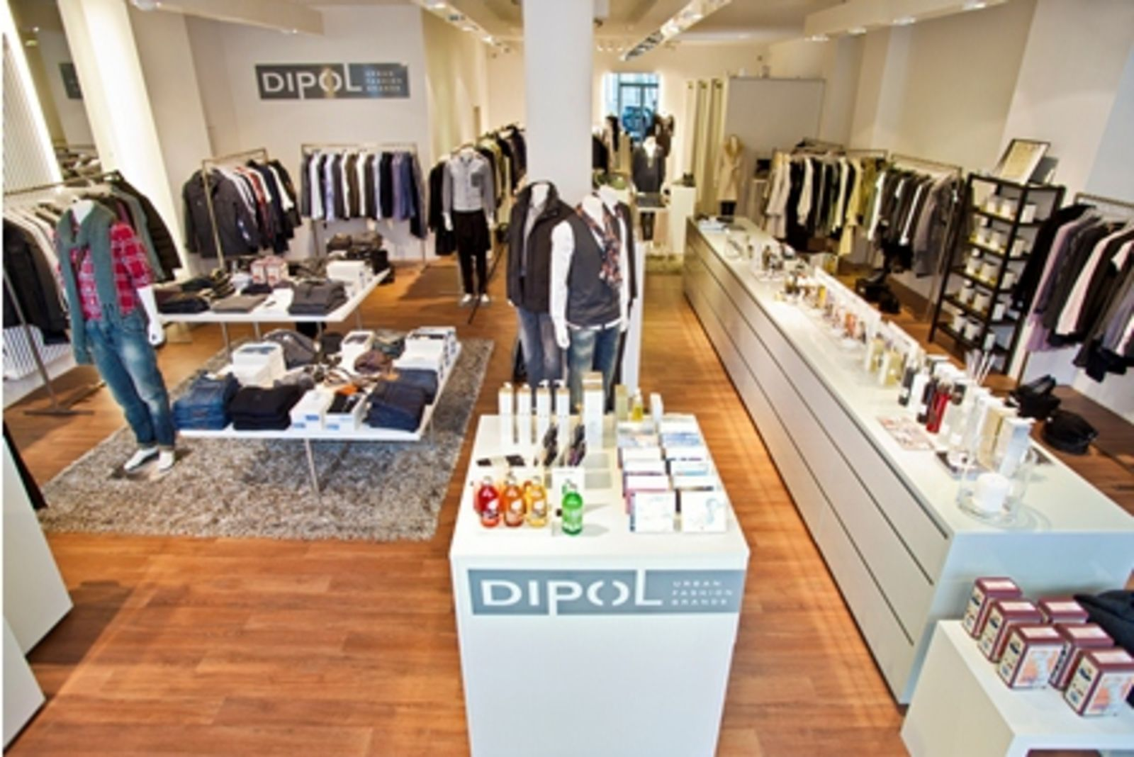 dipol - urban fashion brands in Mannheim (Bild 3)