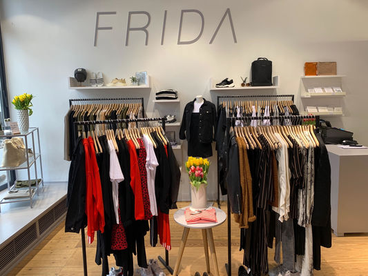 huge discount 52ff7 fc432 Shops with Selected Femme / Homme in Hamburg | TheLabelFinder