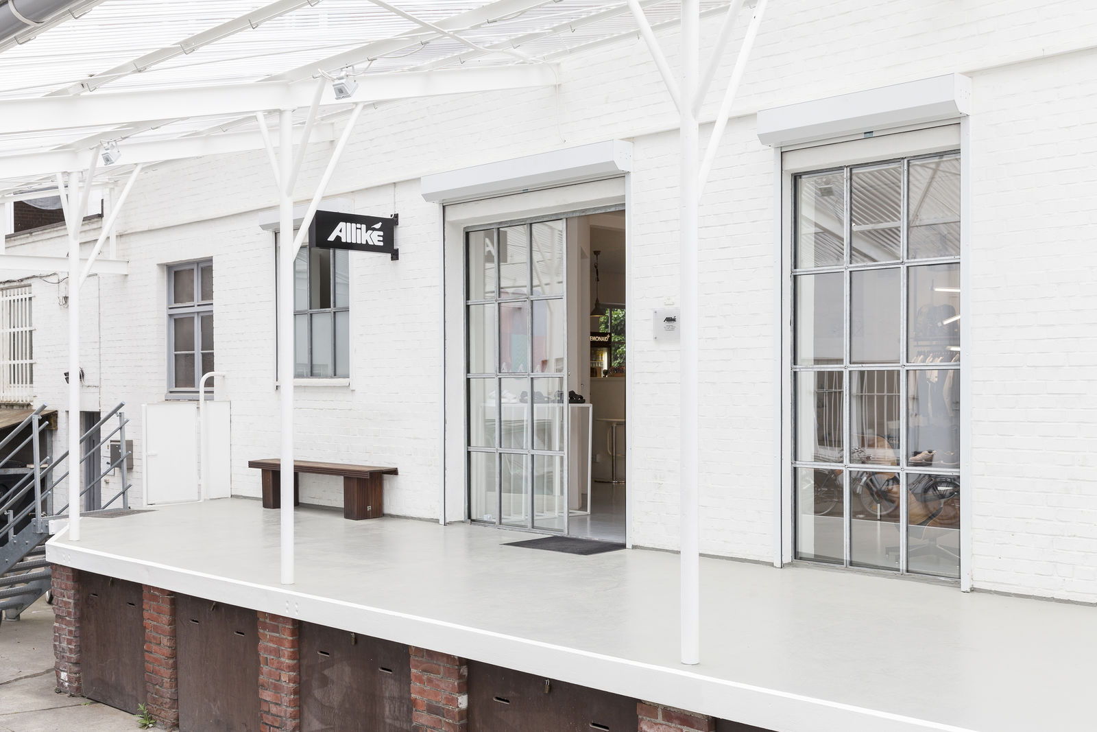 Allike Sneaker & Concept Store in Hamburg (Bild 2)
