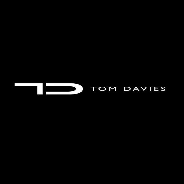 TD TOM DAVIES Logo