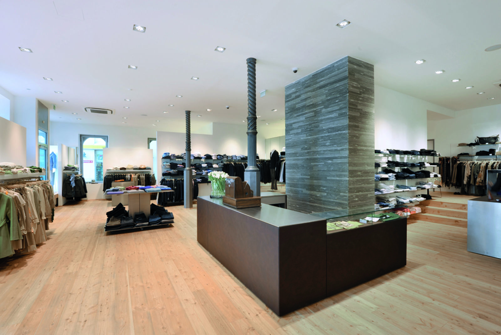 ambros fine clothing in Dornbirn (Bild 2)