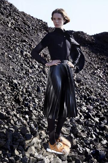 ELENA IACHI (Image 7)