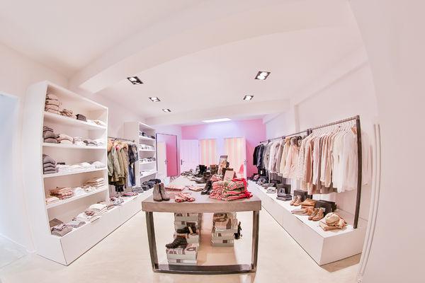 Shops with BIRKENSTOCK in Essen | TheLabelFinder