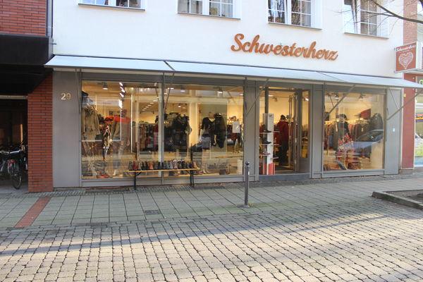 Schwesterherz by Vanees