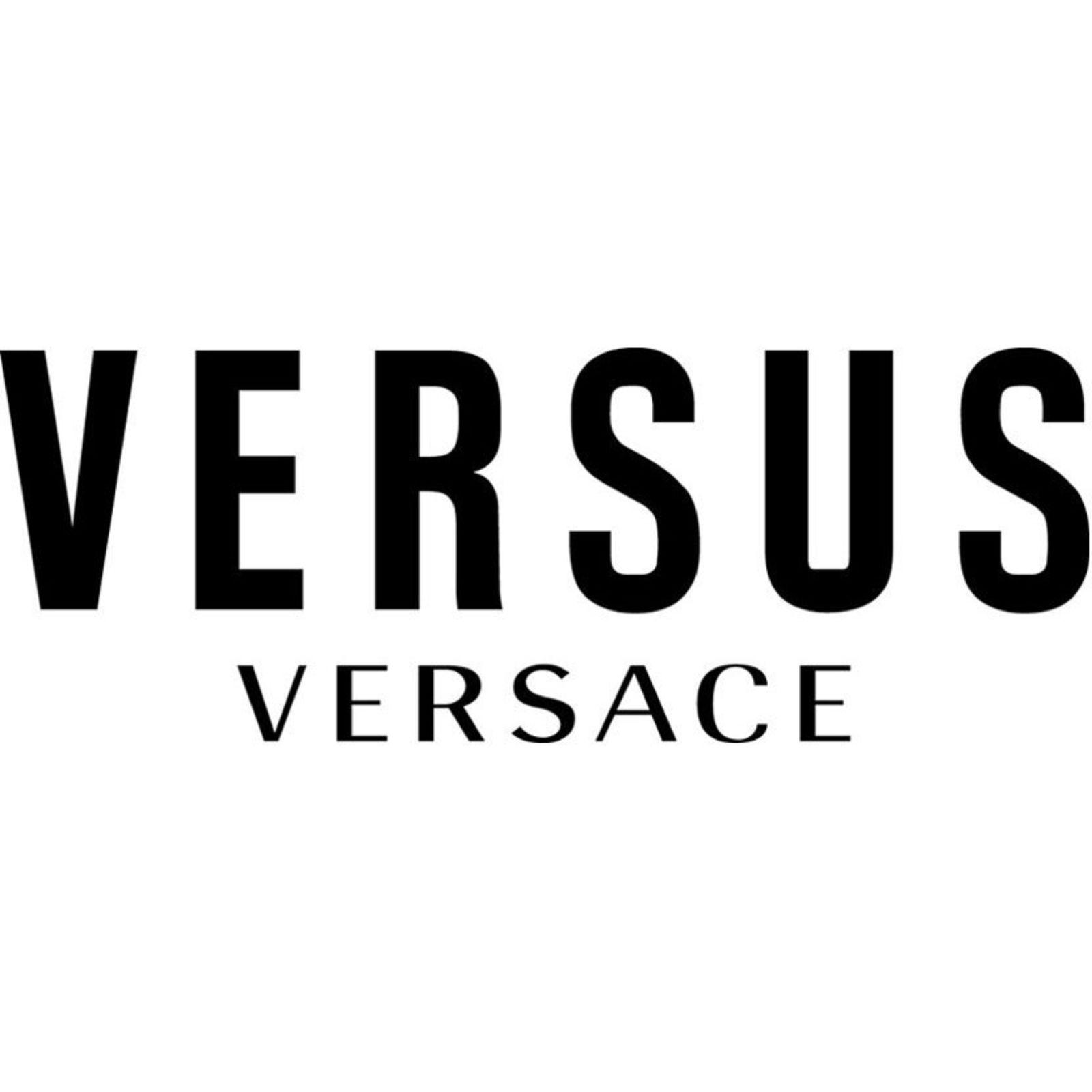 VERSUS (Image 1)