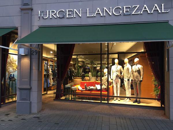 Window Jurgen Langezaal classic store