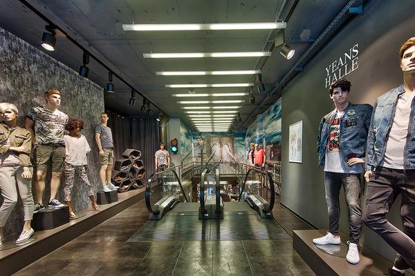 Yeans Halle Jeans Denim In Augsburg Annastrasse Thelabelfinder