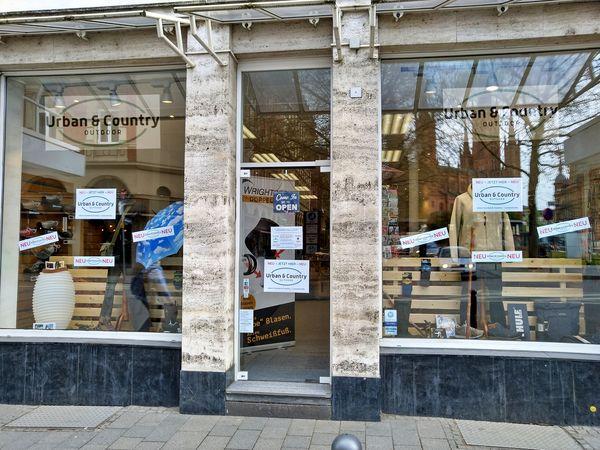 Store-Front in der Friedrichsraße 10