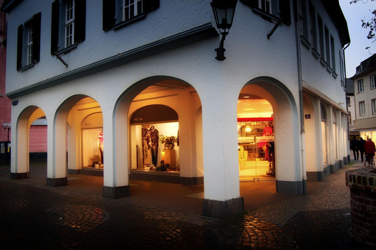 MÖllER Womenswear - Menswear in Kempen (Bild 2)