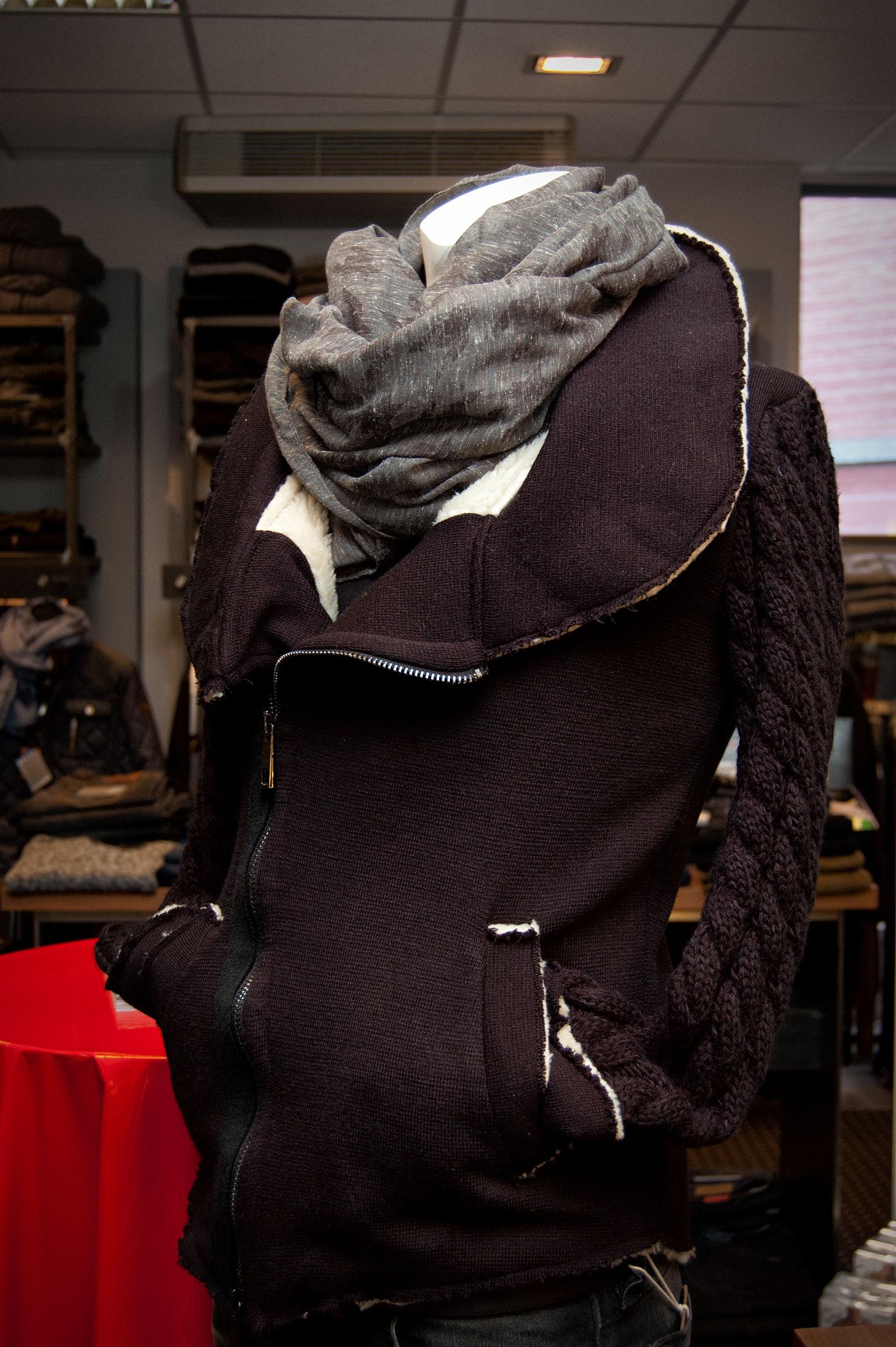 MÖllER Womenswear - Menswear in Kempen (Bild 6)