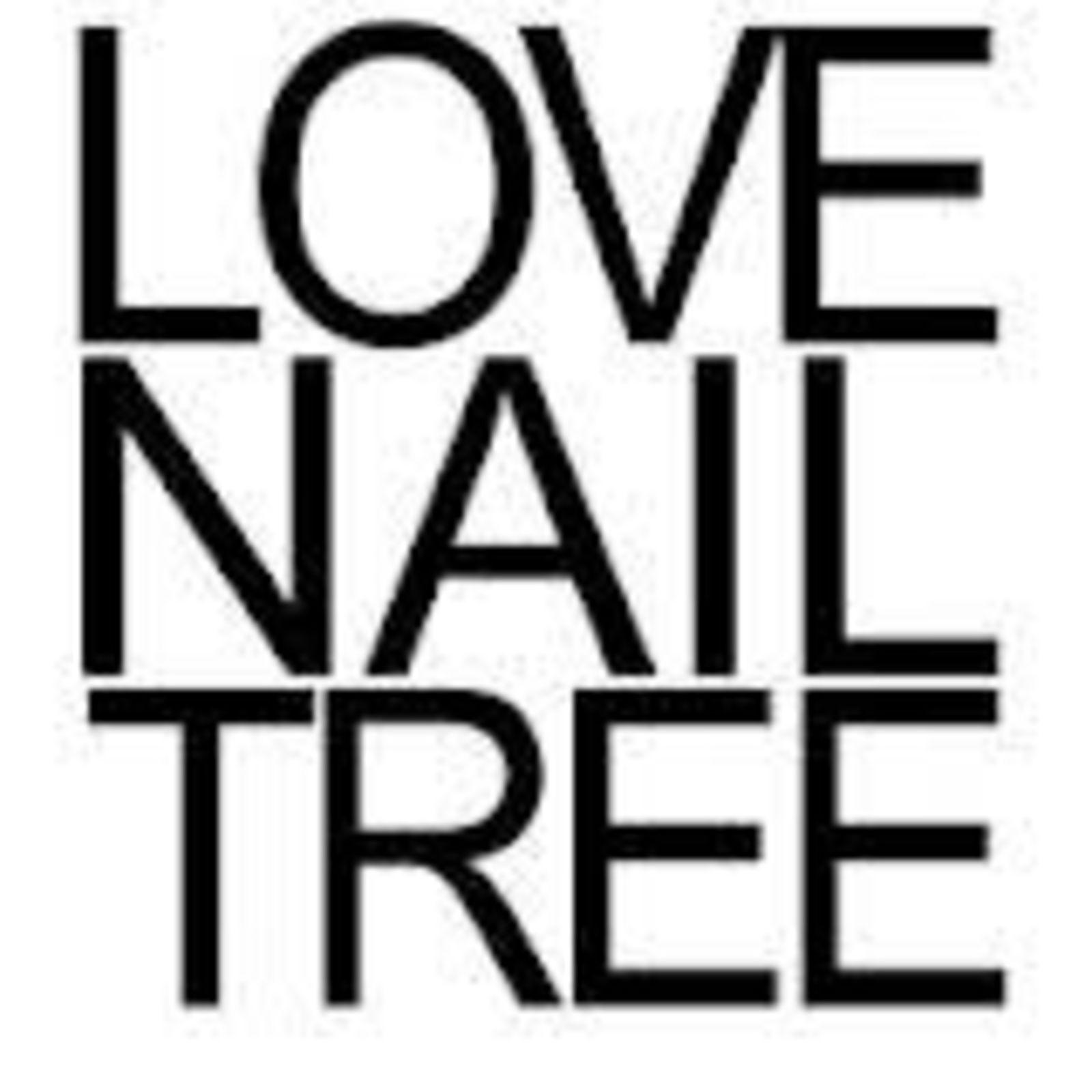 LOVE NAIL TREE