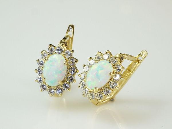 14 Karat Gold Ohrschmuck mit opal